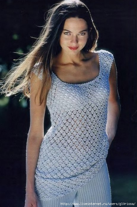 Blusa de crochet calada sin mangas