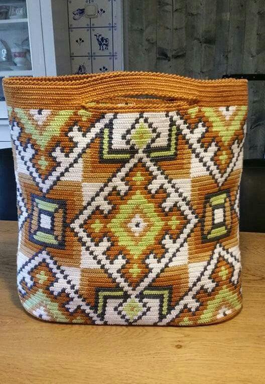 Bolso crochet trapesky
